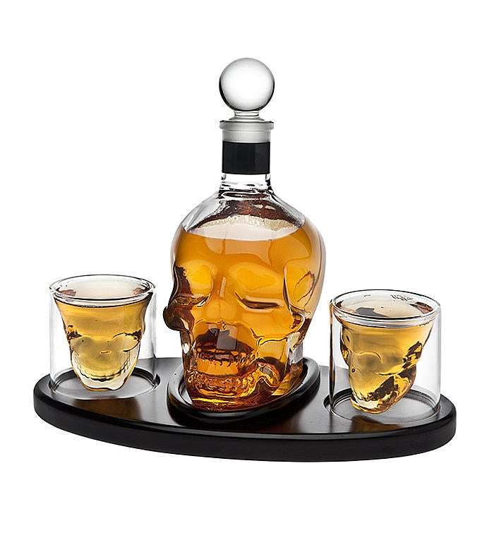 Skull Decanter with Glasses