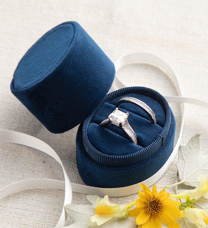 Velvet Ring Box Navy Oval
